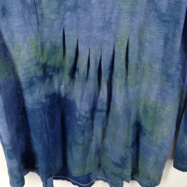 Hand-dyed t shirt