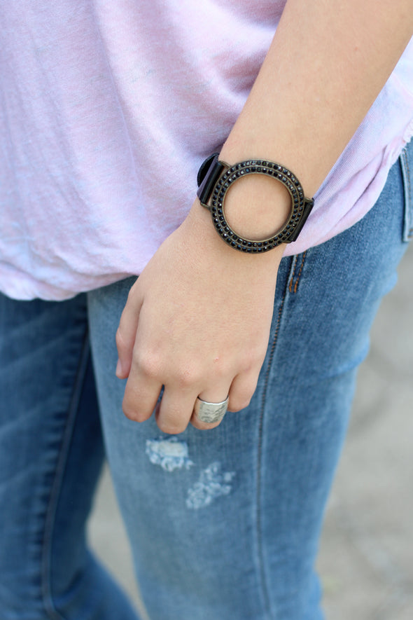Rebel Open Center Round Bracelet
