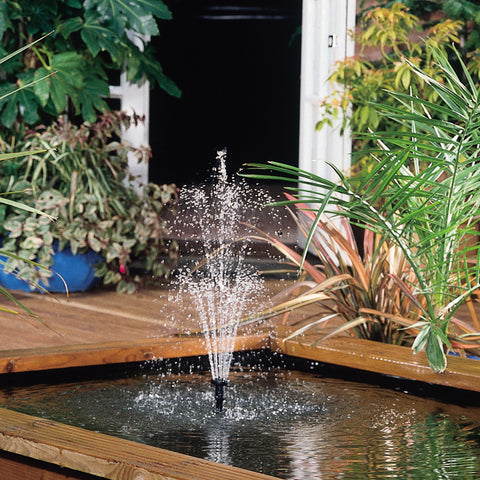 Hozelock Cascade Fountain or Water Feature Pump Small 700L/H in action