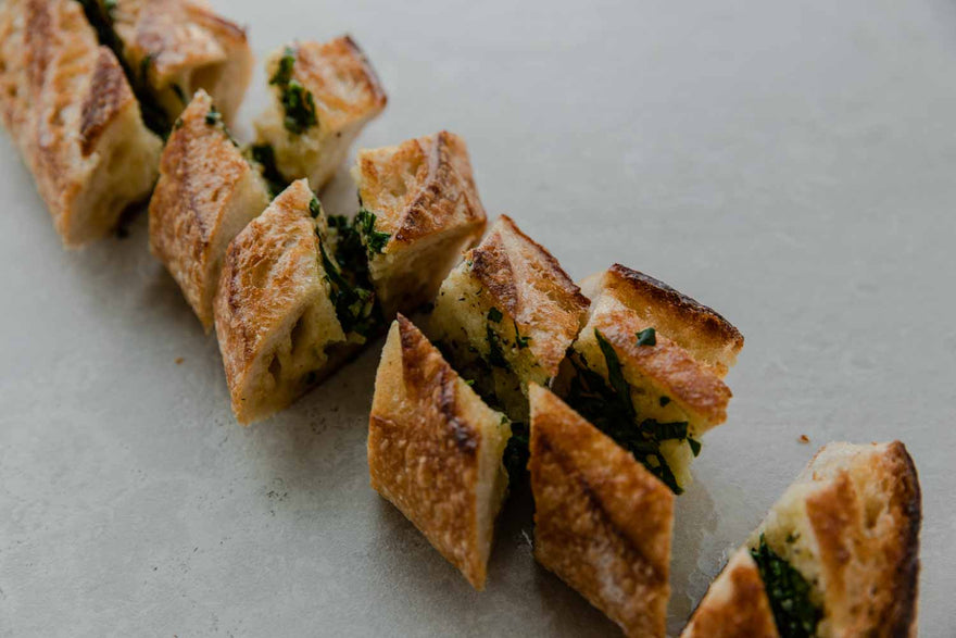 Garlic & parsley baguette