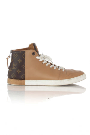 Louis Vuitton, Talla 9