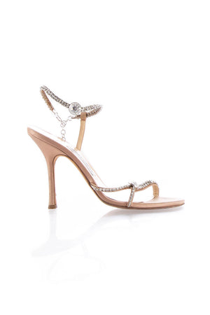 Jimmy Choo, Talla 9
