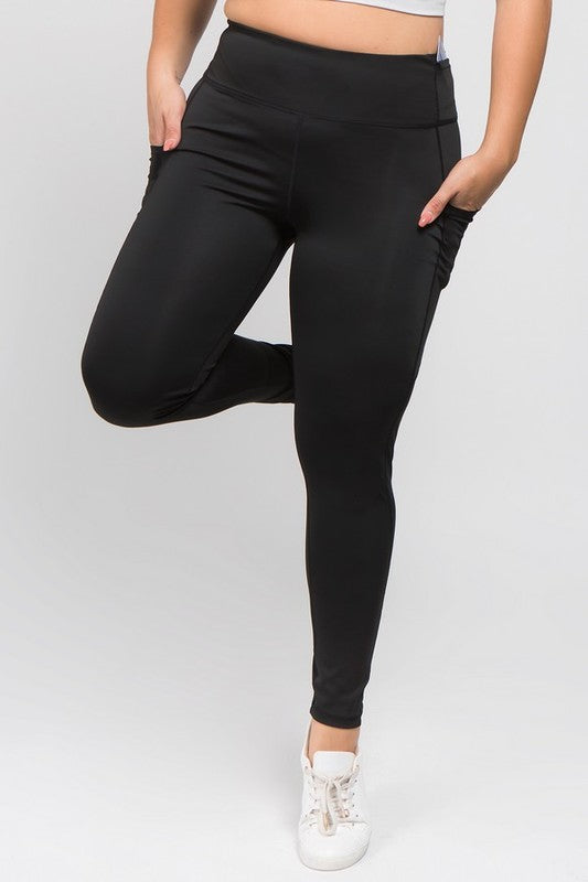 {Plus} Tech Pocket Active Leggings