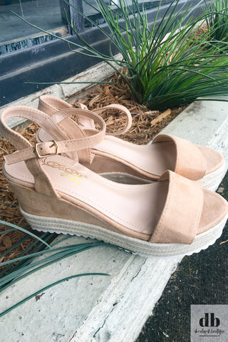 The Lulu Wedges - Nude