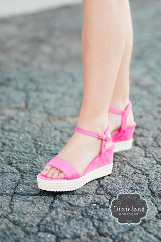 The Lulu Wedges - Fuchsia