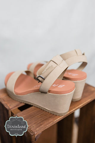 The Beehive Wedges