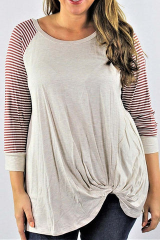 {Plus} Oatmeal Knotted Top