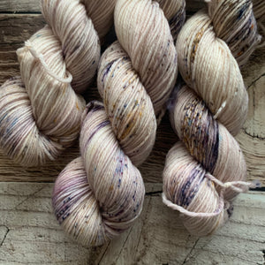Pressed Petal on Everyday DK Yarn