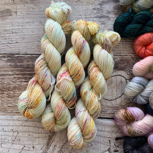 Fireworks on Everyday DK Yarn