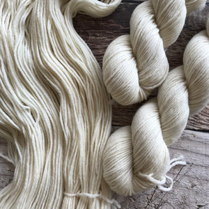 Natural on Everyday Worsted Yarn