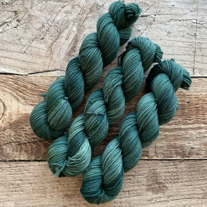 Hemlock on Everyday DK Yarn