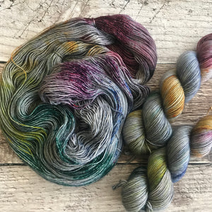 Speckled Cornucopia on Plush Single