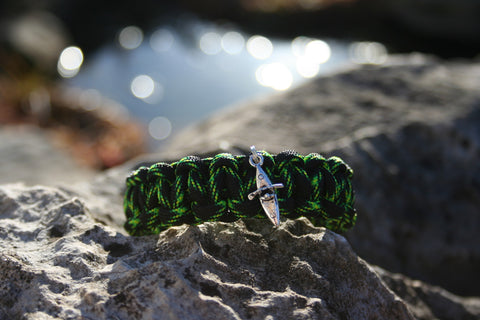 Mens Green and Black Paracord Bracelet with Kayak Charm