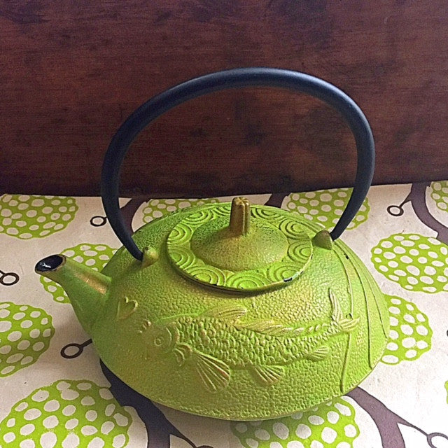 Japanese Style Cast Iron Teapot  •  Prosperity Coi