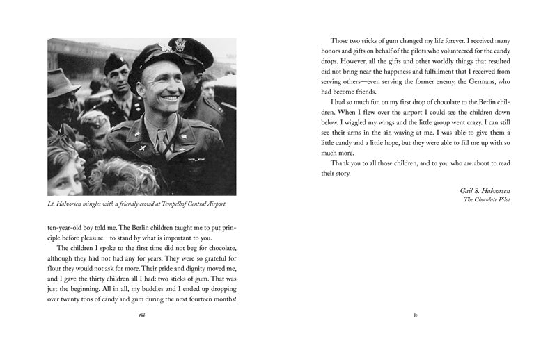 Candy Bomber The Story Of The Berlin Airlifts Chocolate Bomber