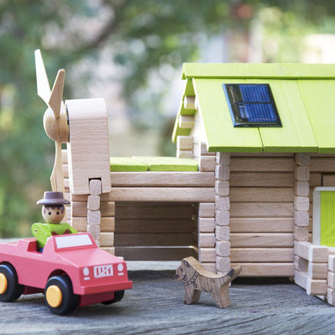 Solar Organic Wooden Farm Kit