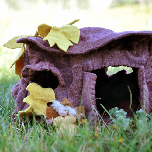 Oak Leaf Fairy House