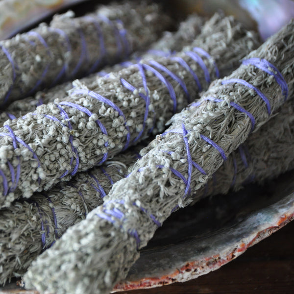 Sage Bundles to keep mosquitoes away