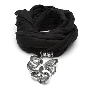Sciarpe Gioiello - black scarf with aluminum chain pendant