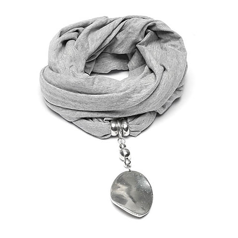 Sciarpe Gioiello - scarf adorned with aluminum oval pendant