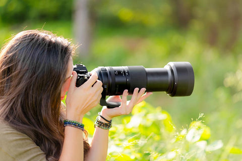 Comfortable handheld shooting with full-frame 500mm lens