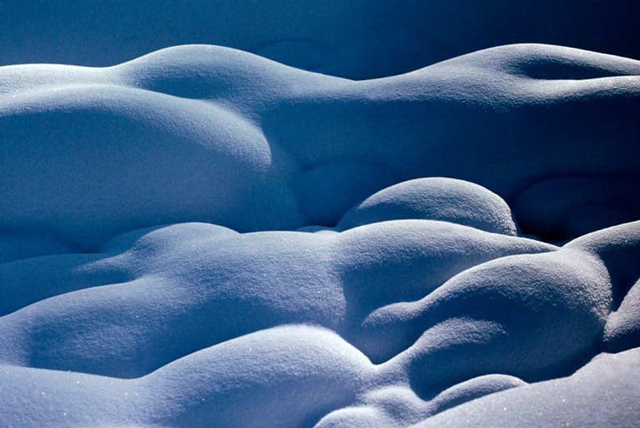 Snow Lovers © 1964 Ernst Haas / Magnum Photos