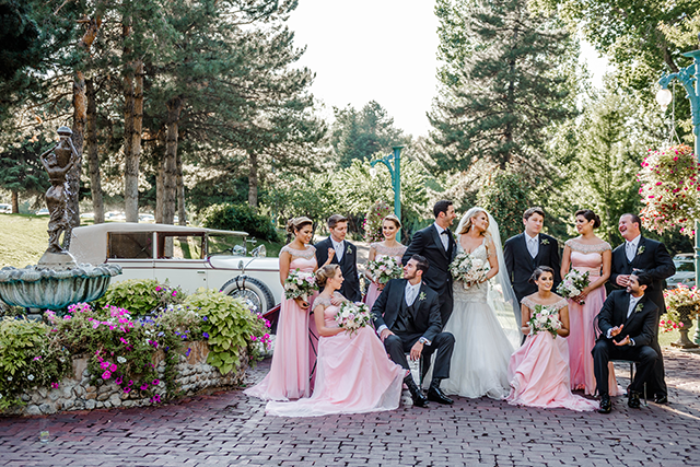 Image by McKenzie Deakins of wedding party