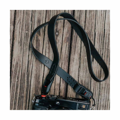 "Clever Supply 40"" Minimal Anchor Strap - Black"