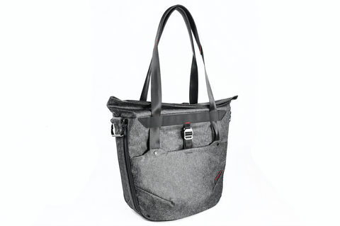 Peak Design Everyday Tote 20L Charcoal, bags shoulder bags, Peak Design - Pictureline  - 1