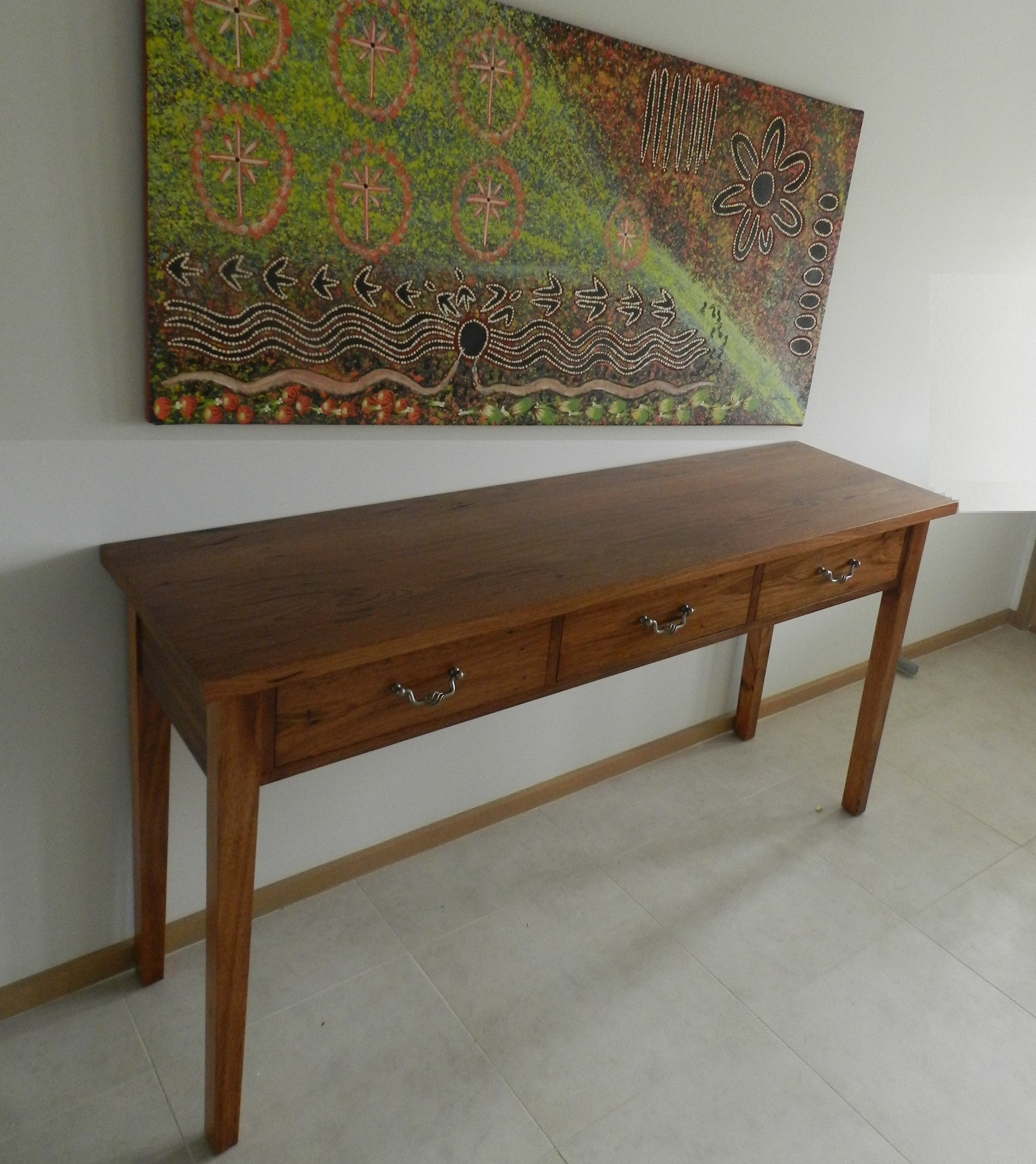 Magpie Hall Table