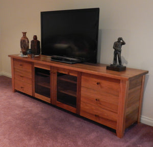 Albion TV unit