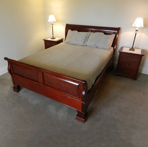 Wellington Sleigh Bed