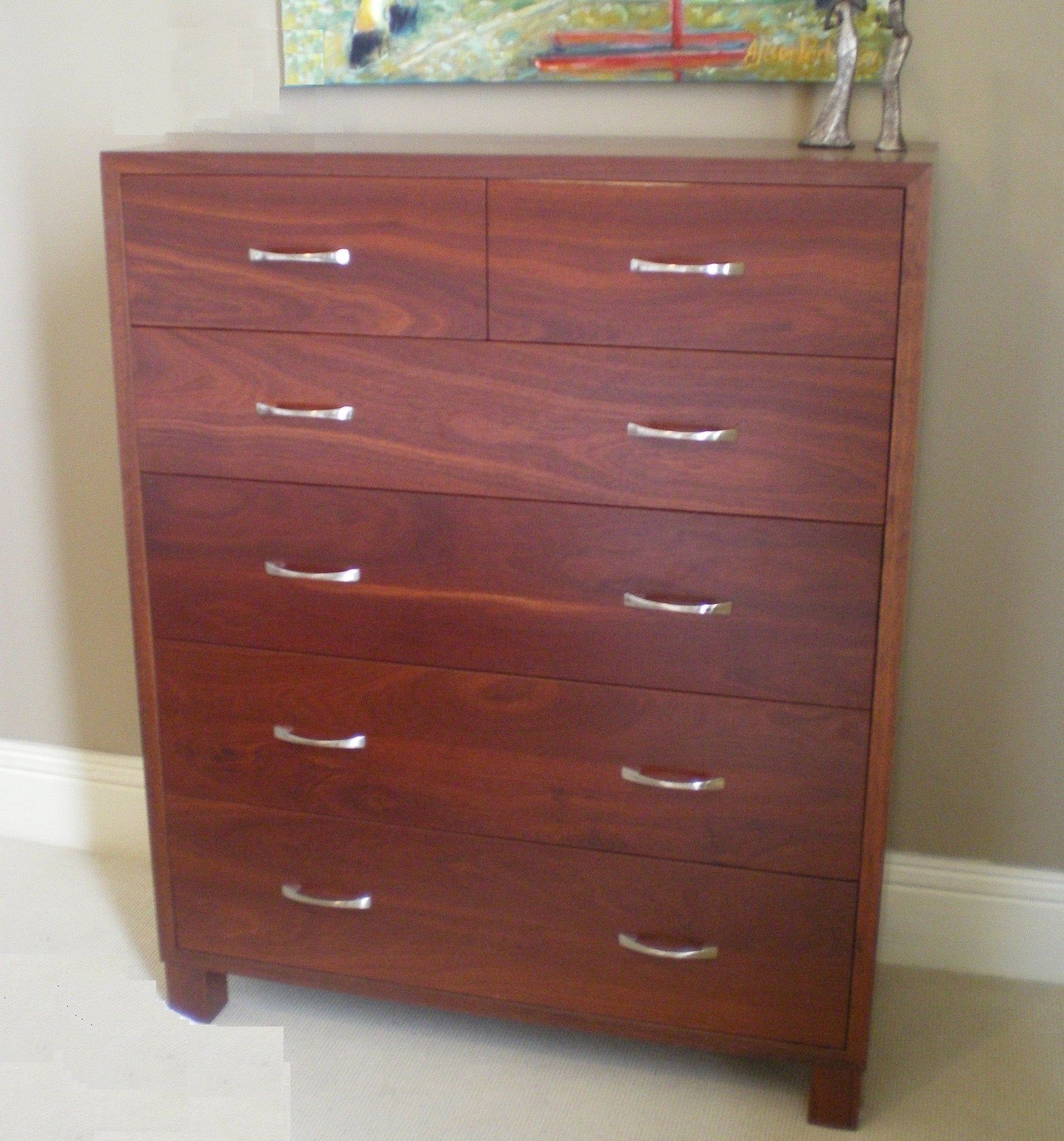 Phoenix Chest of drawers