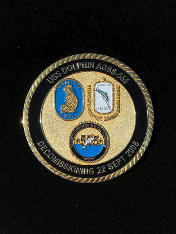 Challenge Coin USS Dolphin 555 decommissioned coin