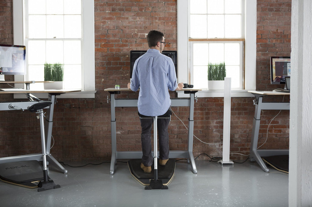 Focal Locus Standing Desk and seat by Safco from United States