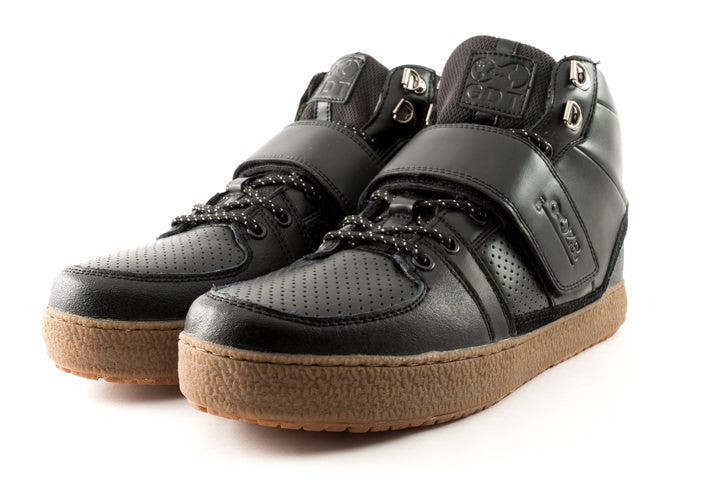 Marco Black Clipless Bike Shoe | DZRshoes - front and side view
