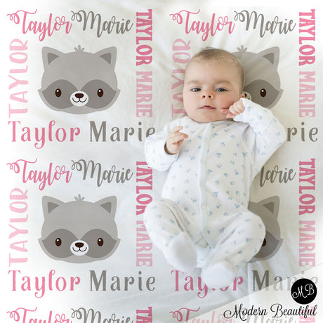 Raccoon baby name blanket, girl raccoon blanket, raccoon baby gift blanket, baby swaddling blankets, baby girl or boy, baby name blanket, baby shower gift, personalized baby name blanket (CHOOSE COLORS)