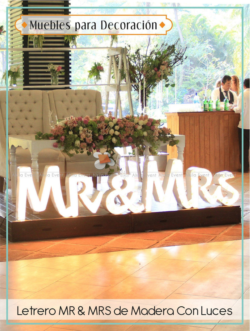 Letrero MR & MRS de Madera Con Luces
