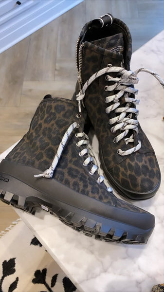 black leopard boot