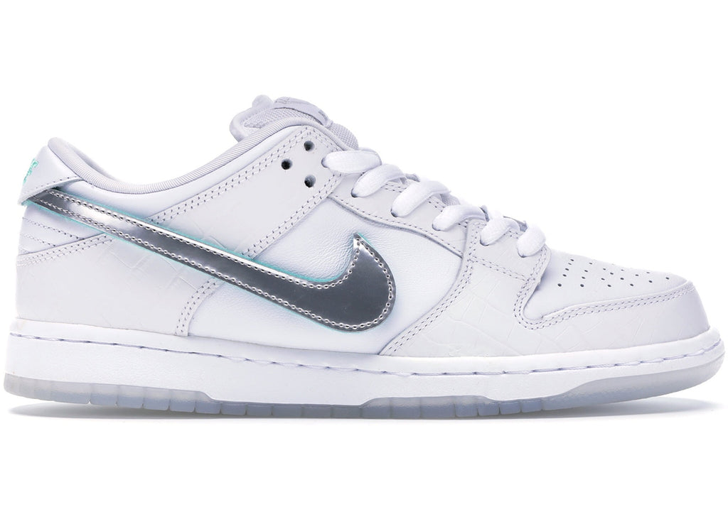 "Nike x Diamond Supply Dunk Low SB ""White Diamond"""