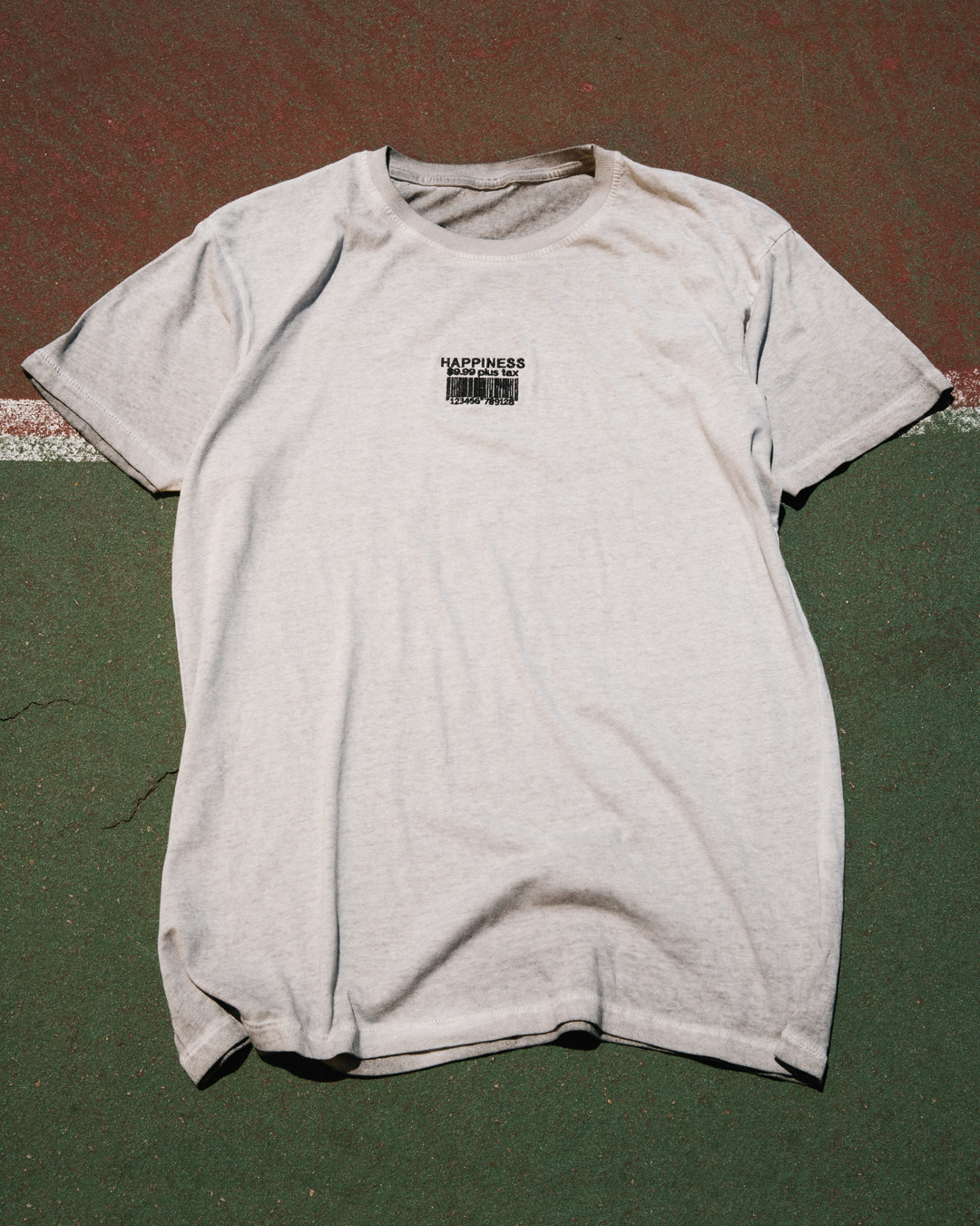 PRICE OF HAPPINESS WASHED SS TEE - LA FAMILIA MMXIV