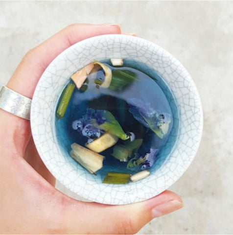 Butterfly Pea Tea With Pandan And Lemongrass