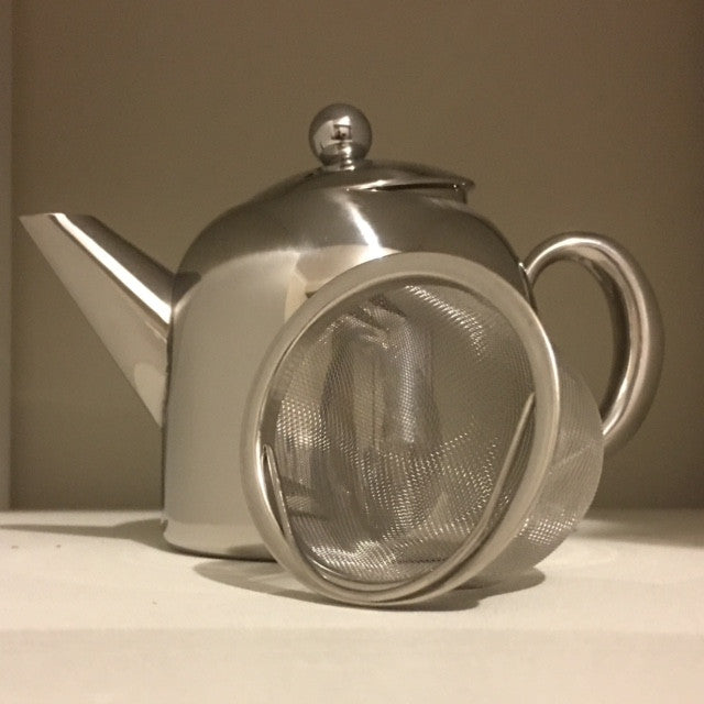 Accessories - Traditional teapot.