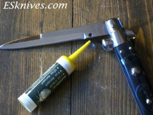 How to oil an Italian Switchblade
