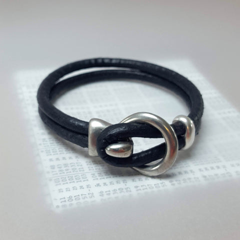 Mens leather bracelet (SW11)