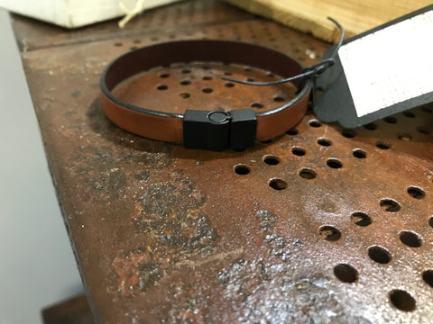 Mens leather bracelet (SW2 brown)