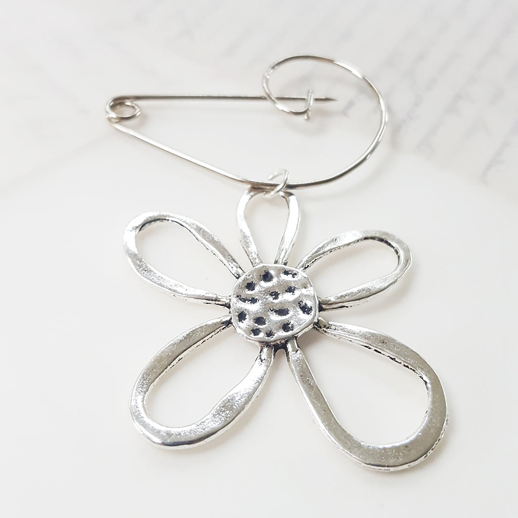 Abstract Flower Brooch (161)
