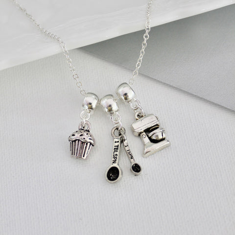 Baking Necklace (129)