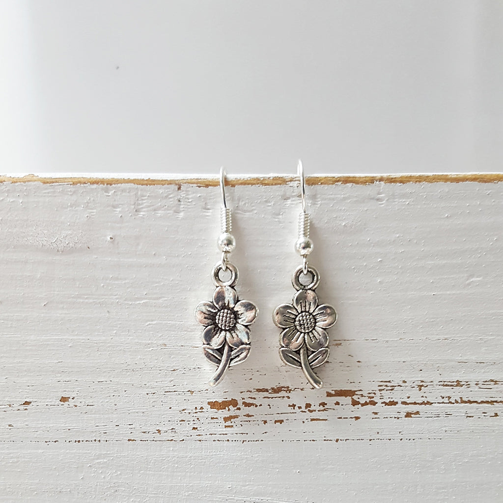 Flower earrings (145)
