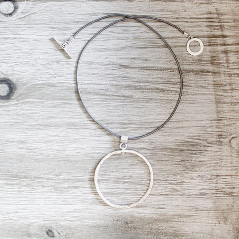 Handmade Silver Plated Fine Circle Pendant Necklace (3)